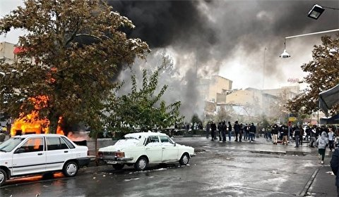 Tens of chain stores destroyed, plundered by rioters in Iran