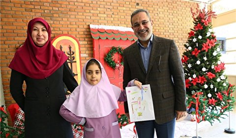 Iran's Education Minister Celebrates New Year with Christian Students