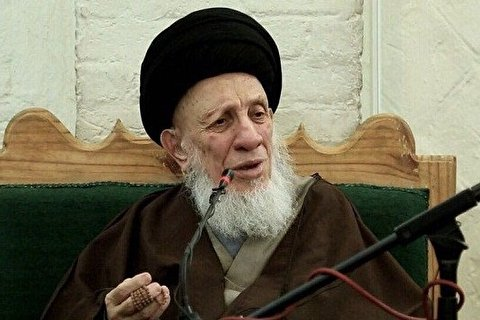 Ayatollah Hakim stressed the necessity of the resort to the ethical behavior of Ahl al-Bayt (AS)