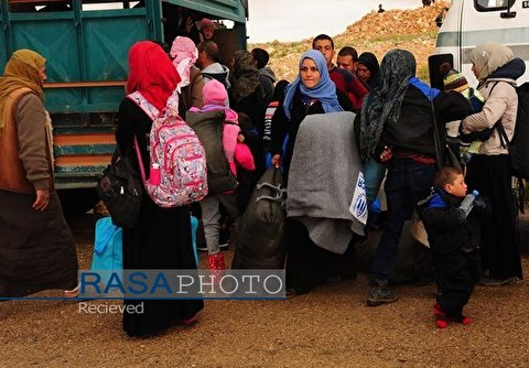 Tens of Civilians Leave Militant-Held Rukban Refugee Camp in Southeastern Syria