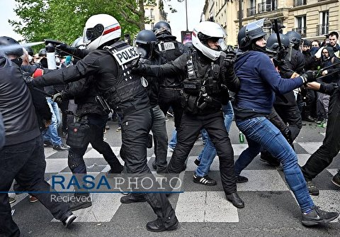 French Police Clash with May Day Protesters in Paris, 165 Arrested