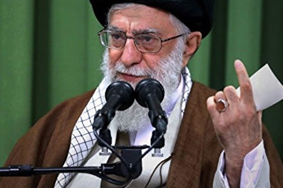 The statements of Ayatollah Khamanei during a meeting with a group of seminarians
