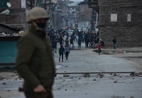 Anger grows amid protests over Kashmir