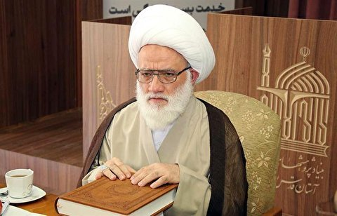 Ayatollah Yaqoubi called people to take advantage of their youth to serve God