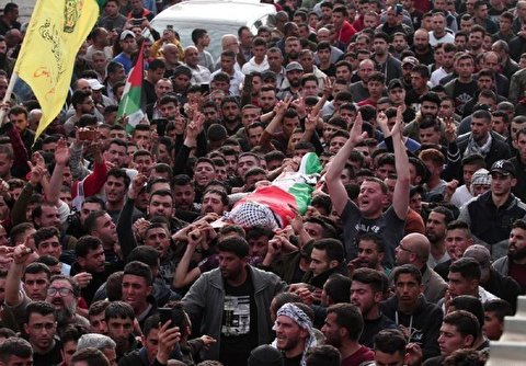 Palestinians Hold Funeral for Martyr Teenager in West Bank